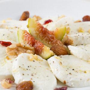 http://localhost/vallelata_old/wp-content/uploads/2014/11/006_Caprese-dolce-con-frutta-secca.-Ricetta.jpg