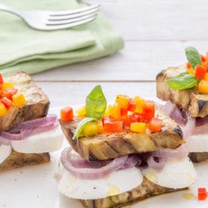 http://localhost/vallelata_old/wp-content/uploads/2015/05/088_sandwich_melanzane_cipolle_mozzarella_ricetta.jpg