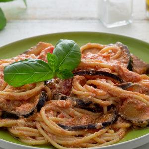http://localhost/vallelata_old/wp-content/uploads/2016/10/189_pasta_norma_ricotta_ricetta.jpg